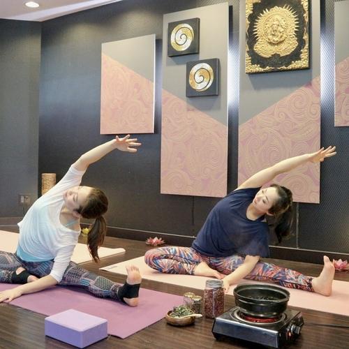 京都/寺町レッスン・Herbal season yoga®(@FLY RENTAL STUDIO)