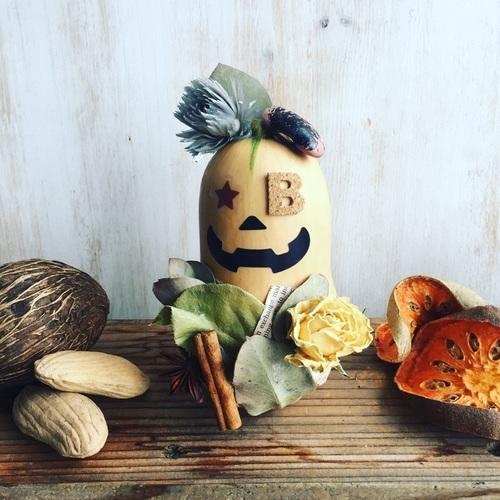 """【自由が丘】Botanica Flower School / 『バターナッツかぼちゃの""""ハロウィン""""飾り』作り"""