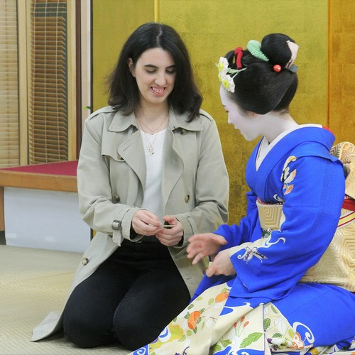 TEA CEREMONY and MEET MAIKO 舞妓さんによるお点前披露・舞鑑賞