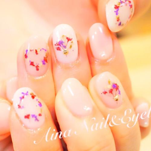 Aina Nail&Eyelash (アイナ)