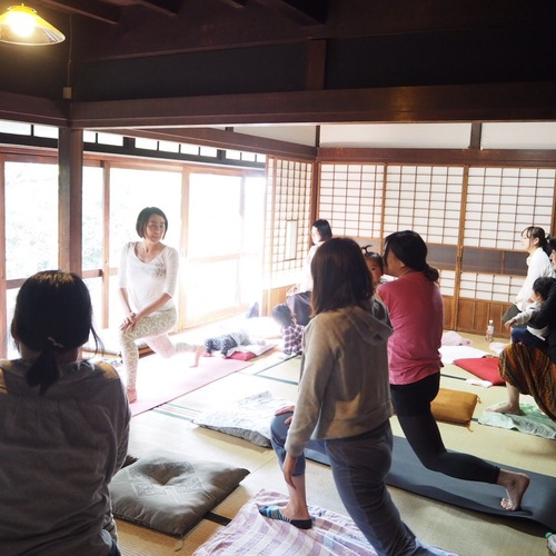 【asagoro】プレママ・産後ママのためのヨガ教室