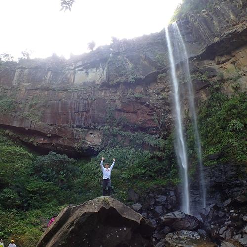 ピナイサーラの滝カヌーツアー