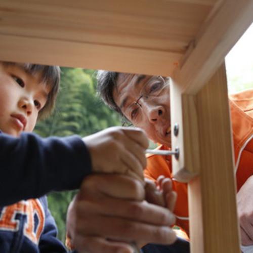 机づくり体験 in 東京~間伐材で自分の学習机を作ろう!~