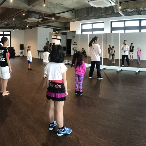 Kid's hiphop class by Yuuki