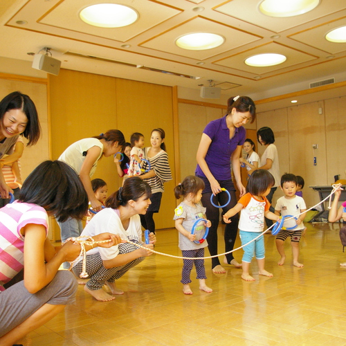 【高津Aコース】さっちーと一緒にのびのび親子体操