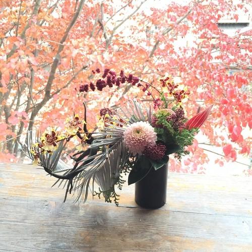 新年を彩るアレンジメント(12月の花教室)