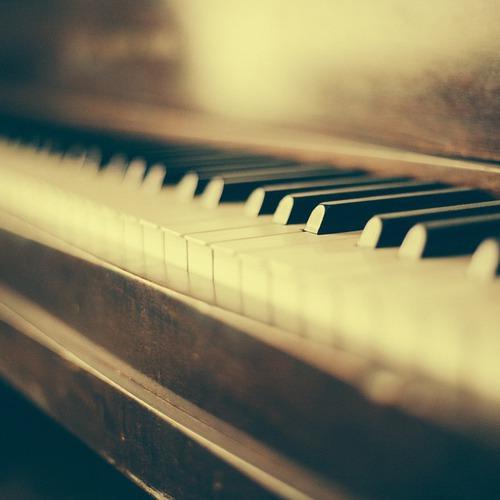 市川市を遊ぶコンサート 新納芳奈 ピアノ リサイタル
