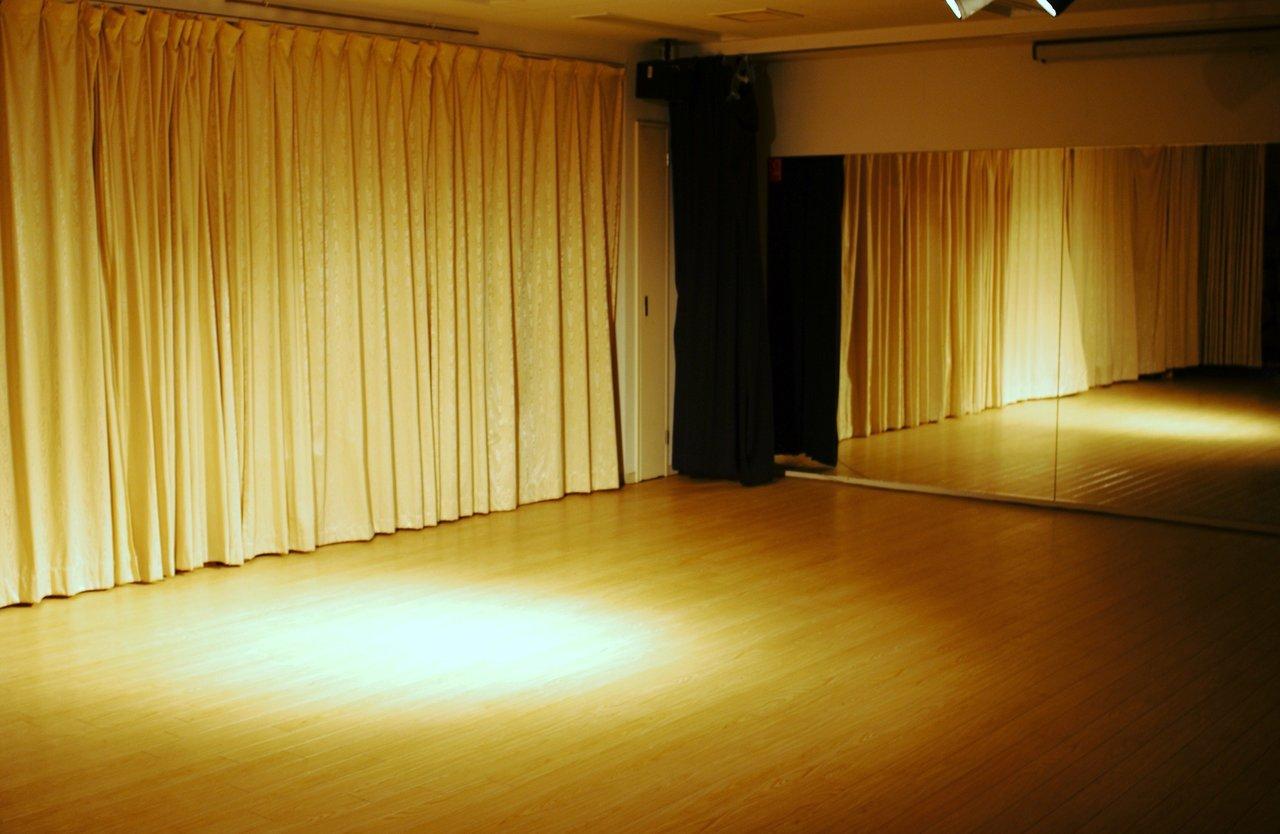 【WB1スタジオ】祝日午後限定★イベント・パーティ・発表会向け4時間プラン(13-17時)
