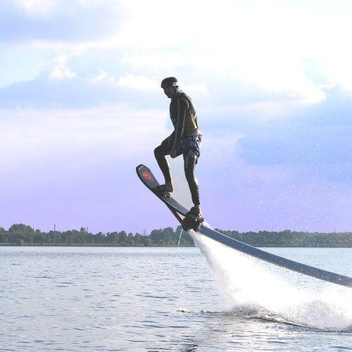 リミット★②ホバーボード体験 10分コース(横のり系ボードで飛ぶ)1名より受付