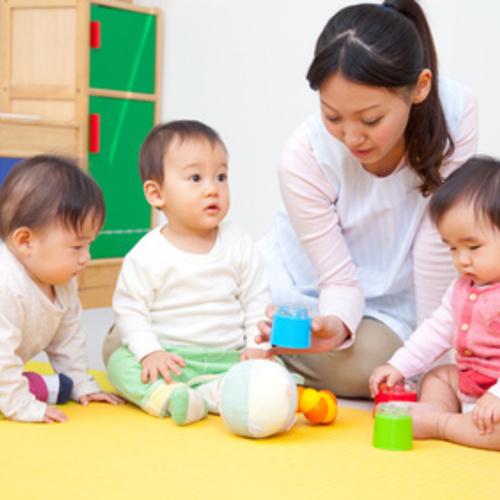 【託児】はじめての託児クラス ~絵本とおもちゃのふれあい遊び付き~