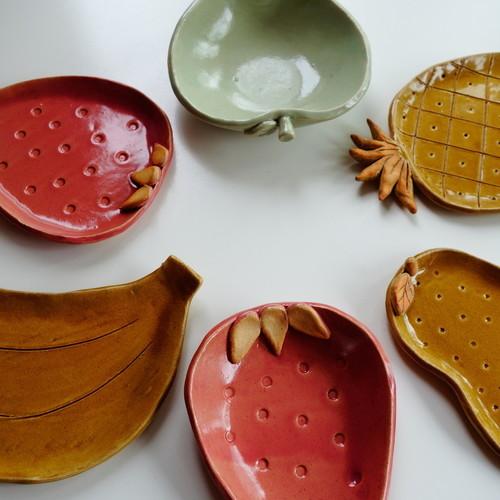 ファミリーで!手びねり陶芸体験~アニマル&フルーツプレートを作ろう!