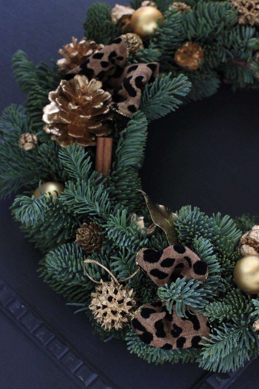 ドイツ仕込みのフレッシュモミの木 クリスマスリース  11月19日 (月)