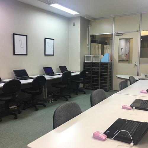 ルームD(1階)パソコン・インターネット完備