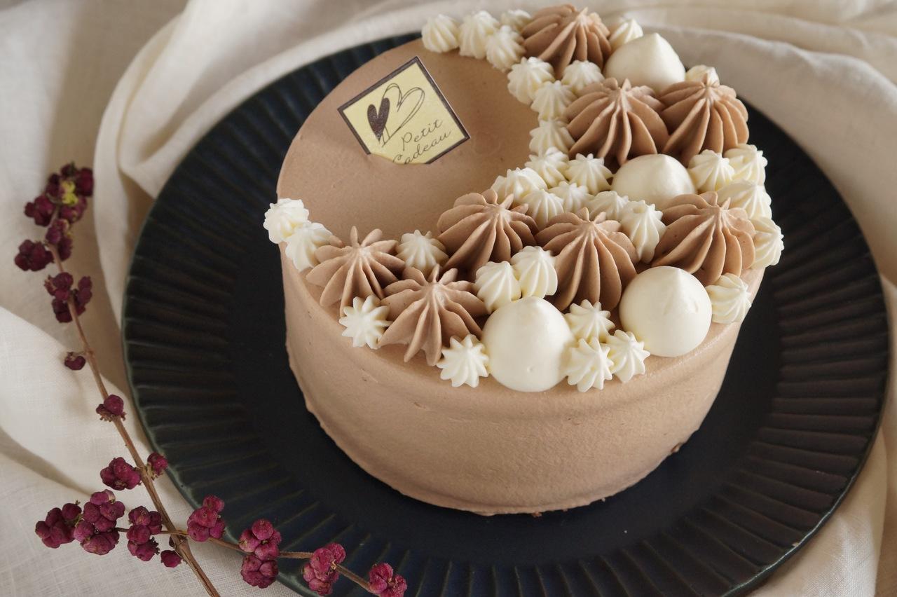 チョコレートのケーキ