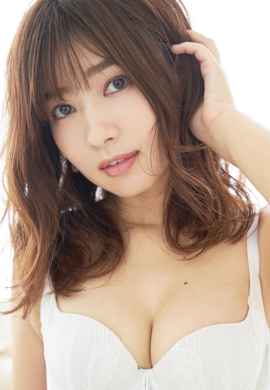 ・8/25(日)プリュ撮影会vol.122「石岡真衣 撮影会」