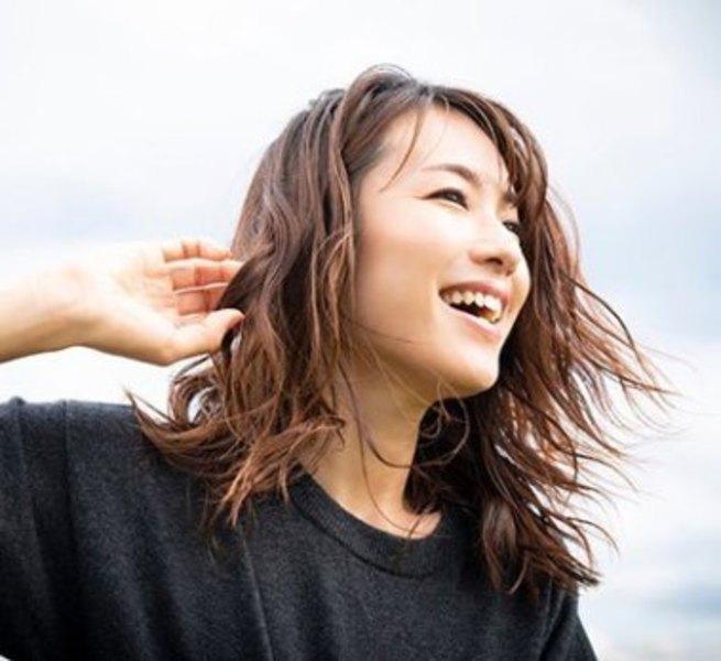 【ONLINE特別クラス】5/28(木)17:30-18:30 内山理名 / ハタヨガ