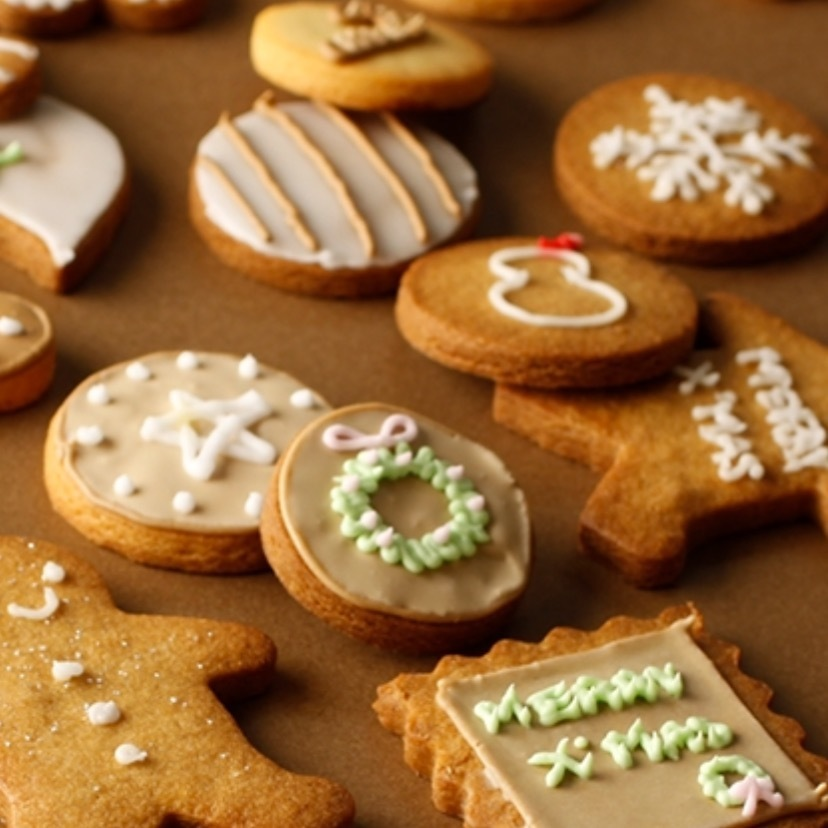 大人も子供もクッキーアイシング