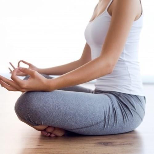 🔰筋調整ヨガ:心と身体の柔軟性 Chie