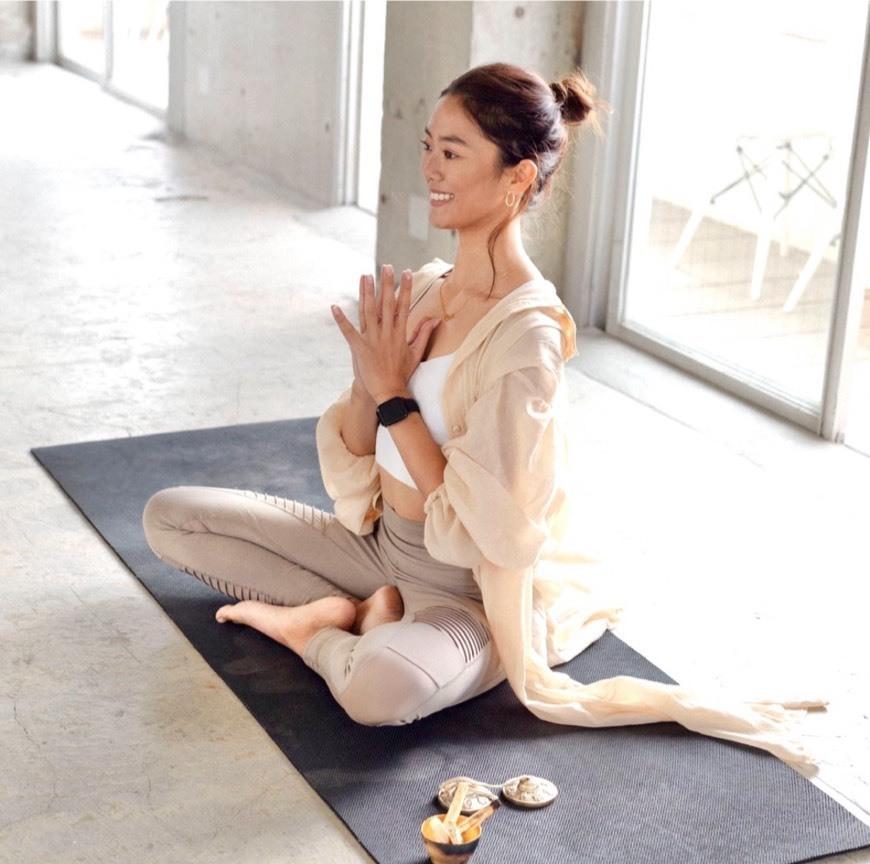 【オンライン30min】Morning Yoga / CHIKA