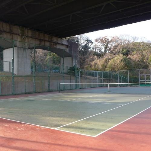 8月 テニスコート (一般予約)