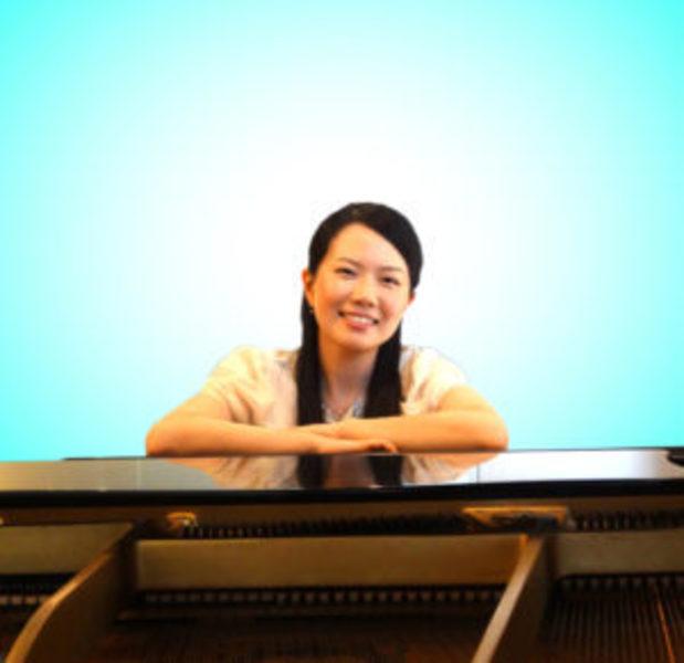 安田 梨香先生のピアノレッスン