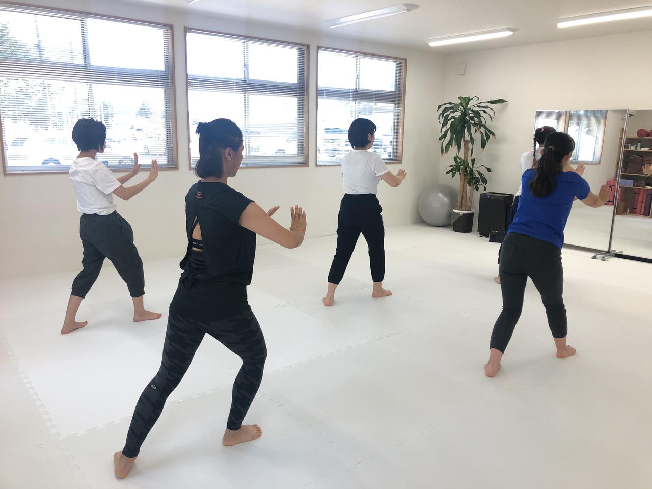 太極舞(担当:石塚美樹)