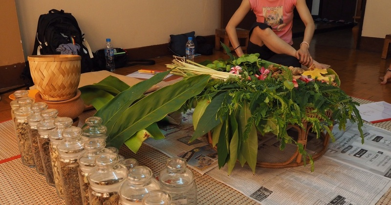 Online: パジャマでルーシーダットン 60分 講師:大河内友美