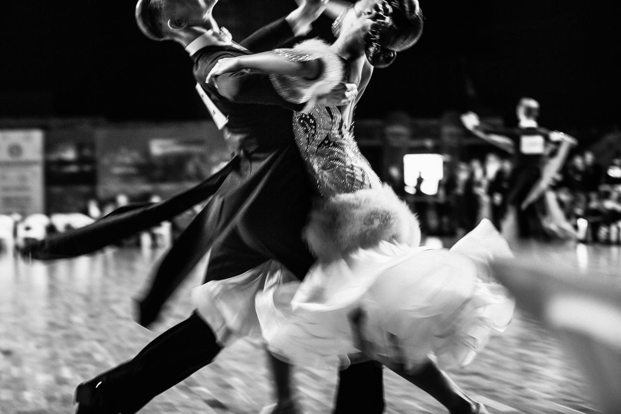基礎からキレイに 社交ダンス