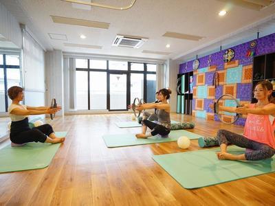 Hanawa先生のTool Pilates(ツ-ルピラティス)