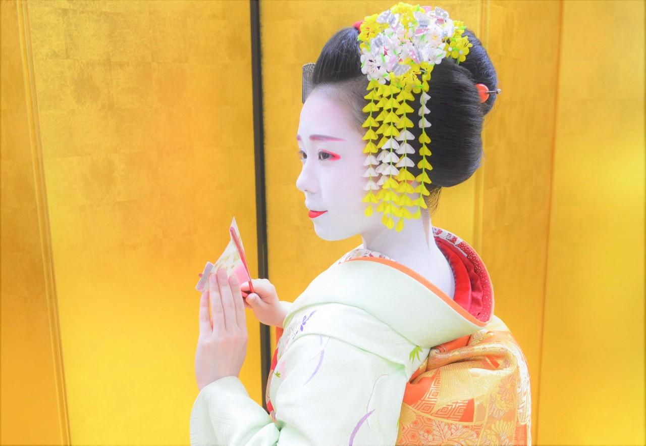 MEET MAIKO 舞鑑賞・舞妓さんと記念写真