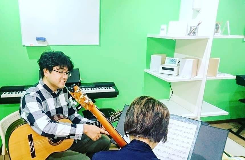 近藤 史明先生のギターレッスン