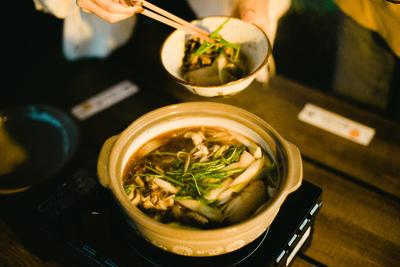 きりたんぽ作り体験 ~ 農家民宿で秋田の伝統食体験 ~