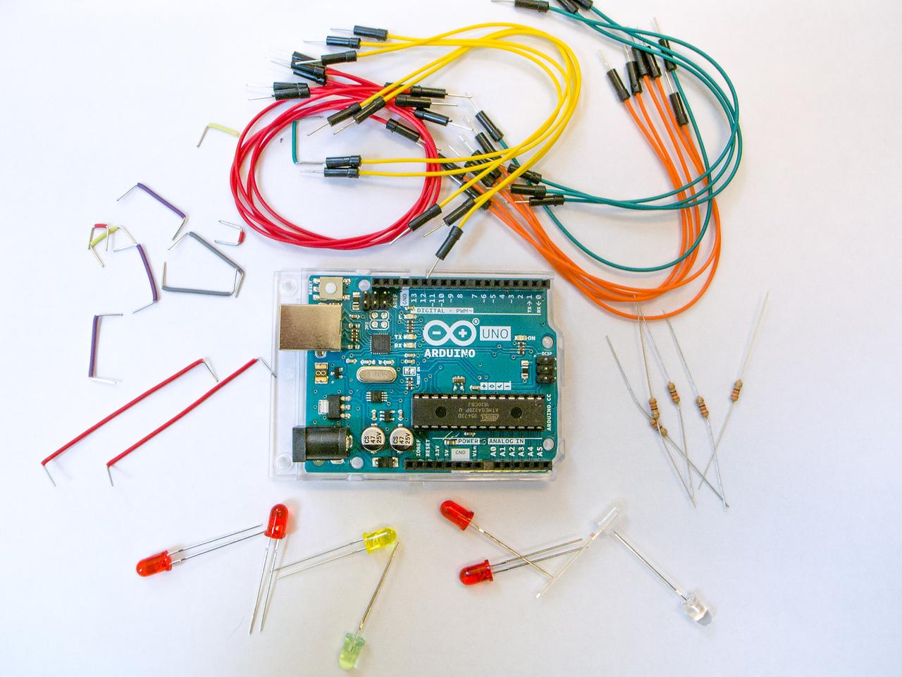 「初めての電子工作&プログラミング」マイコンでLEDを光らせよう