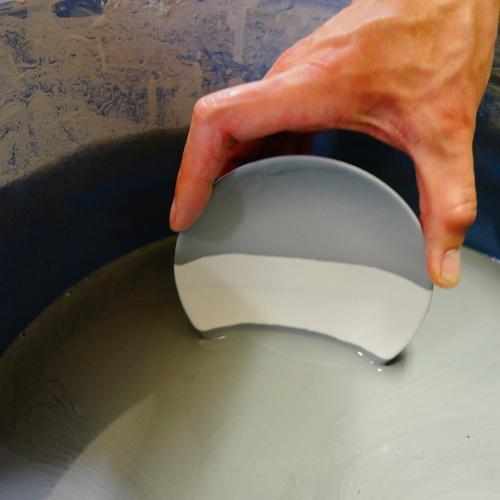陶芸自由研究 手びねり制作と釉薬(ゆうやく)実験でお皿作り!