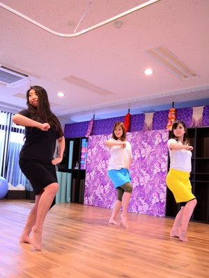 Yui先生のTahitian Dance(タヒチアンダンス)