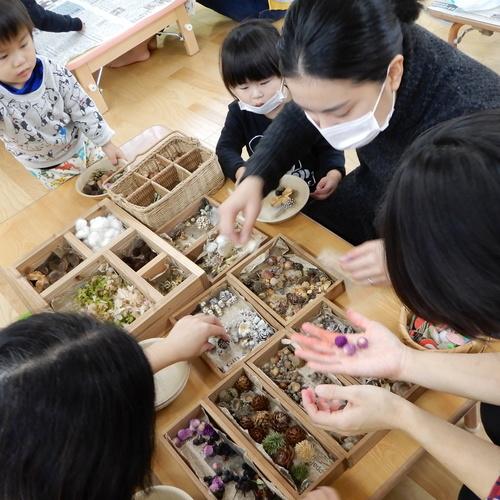 12月4日 Kodomo-iroさん「絵の具と自然物でつくる、クリスマスリース」