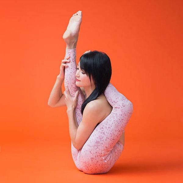 [18B4]4/18(土)18:00-19:30 NAO/ハート・オープニング・Vinyasa Yoga Flow