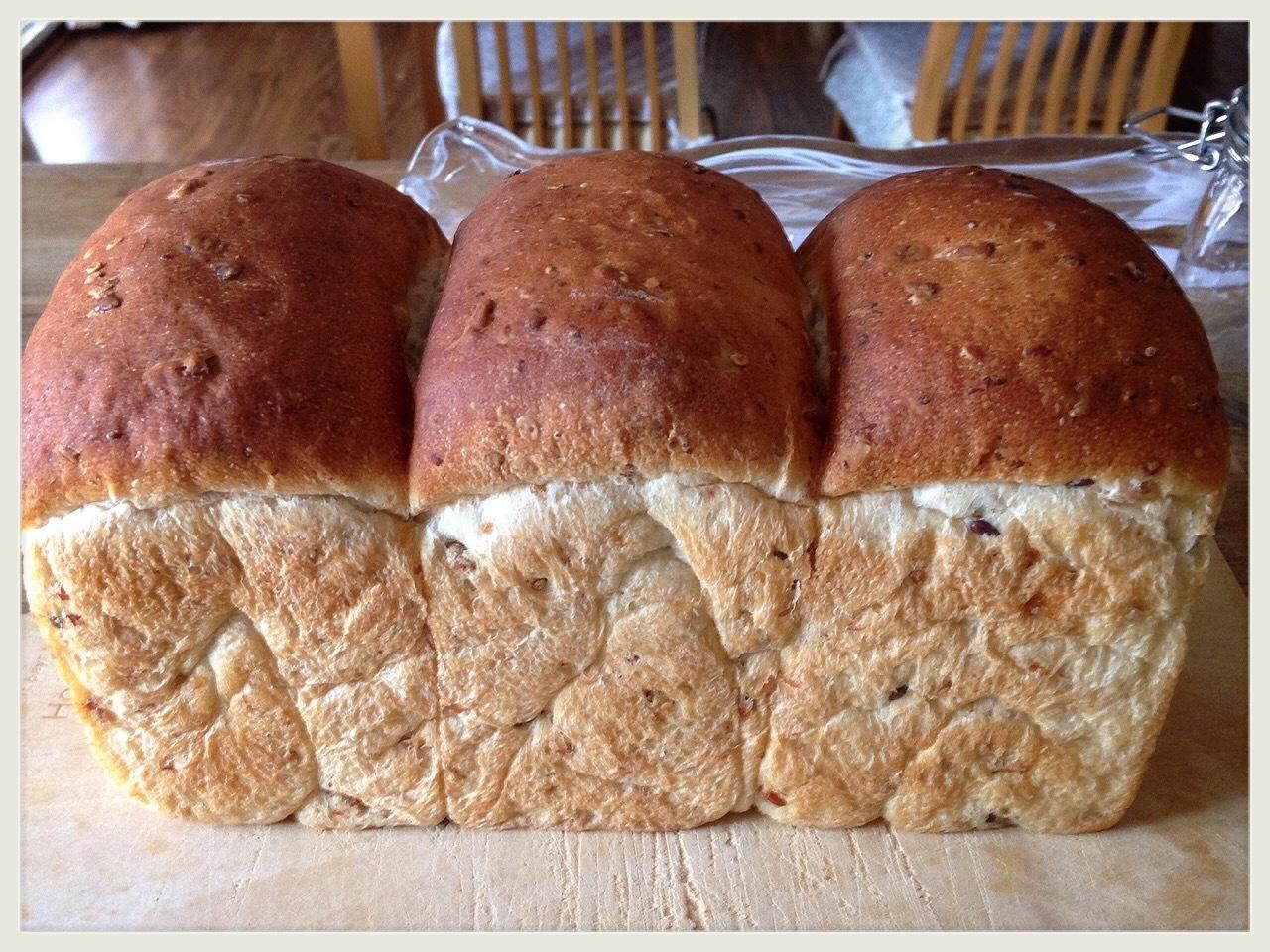 山型食パン(イギリスパン)(6月)(初回レッスンご参加済みの方、もしくは、ホシノ酵母経験者様 対象のレッスン)