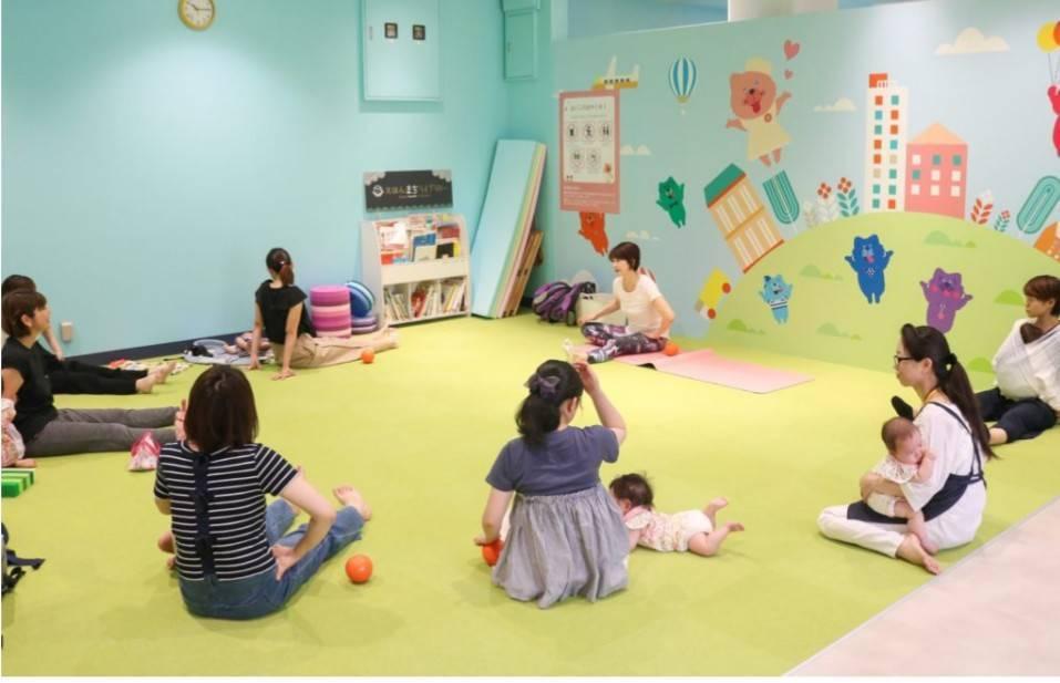 【11/6みのマママルシェ】スタジオK「子育て中のママの体操クラス」