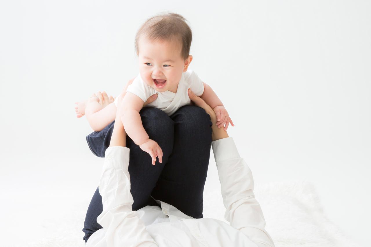 産後骨盤ヨガ&運動機能を高めるふれあいベビーヨガ  (金)10:00‐10:50 ※月3回