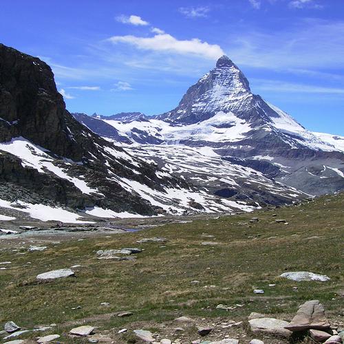 【1/22(水)】スイスアルプスのハイキング事情