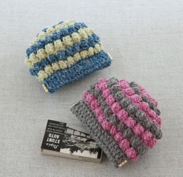 玉編みのばねポーチ