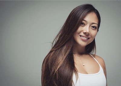 【12月22日(日)11:00~12:30 Vanessa vinyasa yoga class】