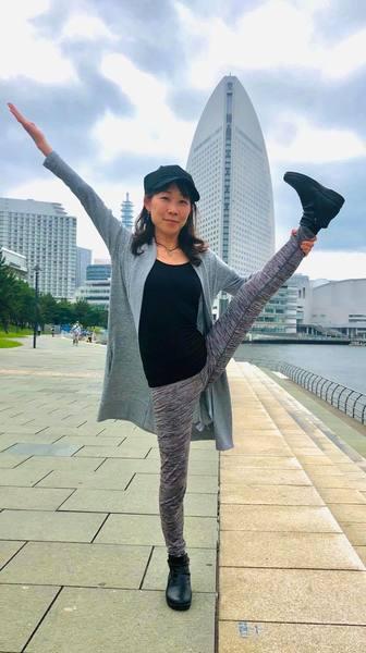 Online:週末デトックスヨガ 60分  講師:Aya Negishi  8/14  朝のゆったりヨガ