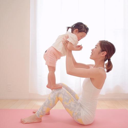 ママと赤ちゃんのスペシャルイベント! 触れ合いベビトレヨガ