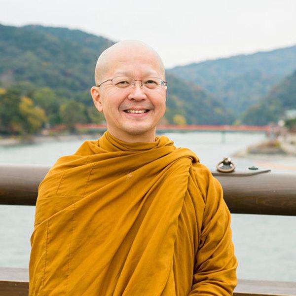 [17B1]4/17(金)9:00-10:00 プラユキ・ナラテボー/気づきの朝瞑想