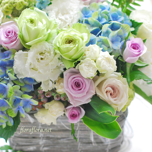 2019年7月 Flora*2の涼しげな花たち アレンジメント or ラウンドブーケ or トピアリー