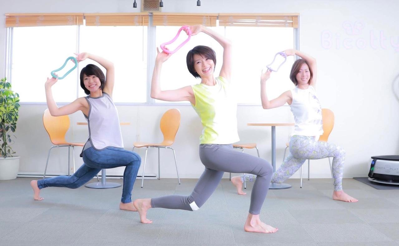 金(月2) ライブ配信/ウェーブピラティス60分(立位&椅子) SATOKO