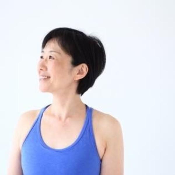 Online: 女性のための骨盤ヨガ 講師:和田美樹