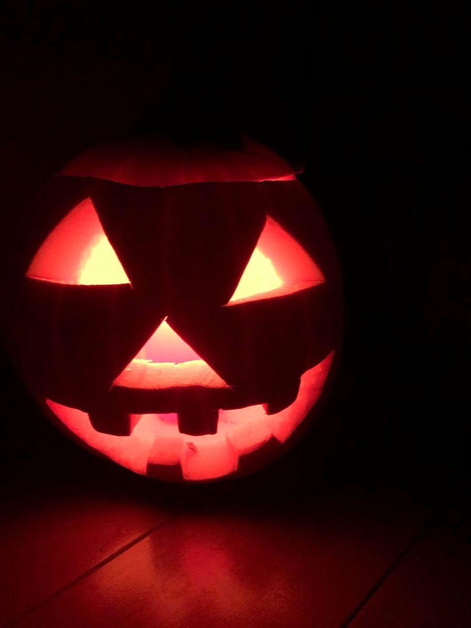 【厚木】本格カービング体験でハロウィンかぼちゃ「ジャックオランタン」作り|2020年10月10日(土)